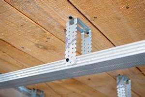 Rigipsdecke Unterkonstruktion Holz : holzkonstruktion oder metallkonstruktion ~ Frokenaadalensverden.com Haus und Dekorationen