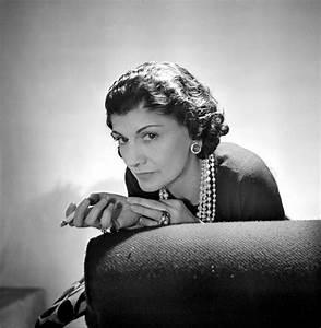 Coco Chanel Bilder : gabrielle coco chanel biography ~ Cokemachineaccidents.com Haus und Dekorationen
