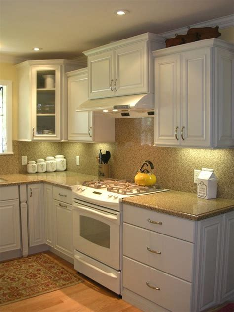 white kitchen cabinets with white appliances white kitchen cabinets and white appliances quicua com