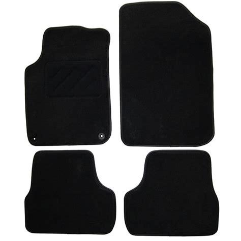 tapis de sol norauto jeu complet de tapis sur mesure noir en moquette norauto premium norauto fr