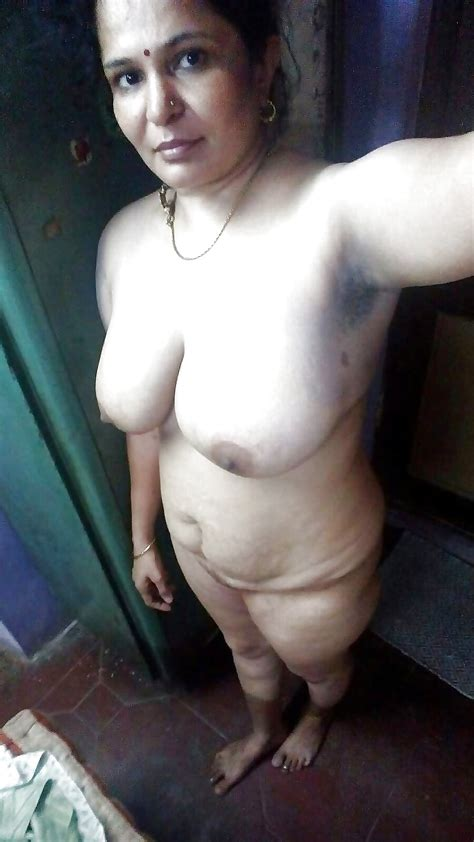 Mallu Aunty Big Boobs 11 Pics