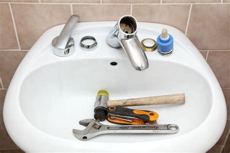 How To Stop A Bathroom Sink Faucet From by How To Stop A Leaky Faucet In Your Kitchen Or Bathroom