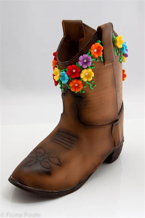 pin cowboy boot cake ideas httpwwwmodern baby shower