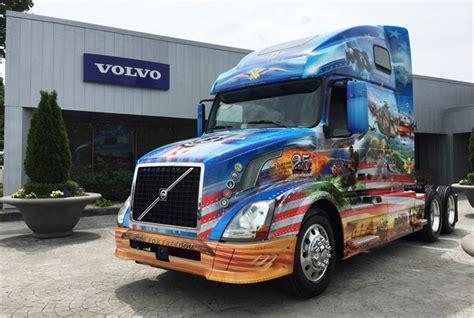 volvo trucks head highlights renewed customer focus