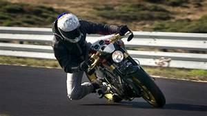 Moto Qui Roule Toute Seul : pourquoi la moto est la meilleure passion du monde high side ~ Medecine-chirurgie-esthetiques.com Avis de Voitures