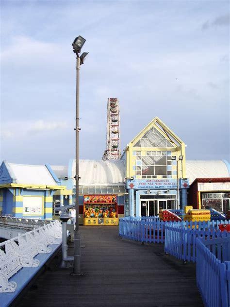 Central Pier Blackpool © Samantha Cheverton cc-by-sa/2.0 ...