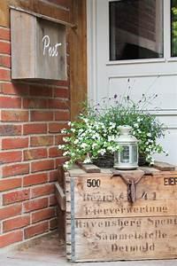 Steine Vor Der Haustür : freudentanz vor der haust r kiste dekor vorgarten ~ A.2002-acura-tl-radio.info Haus und Dekorationen
