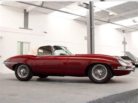 Jaguar E Type 4.2 Roadster