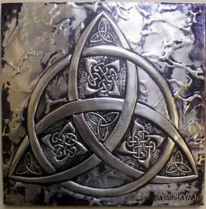 Symbole Mythologie Nordique : tiquetra bijoux pinterest art celte signe celtique et celtique ~ Melissatoandfro.com Idées de Décoration