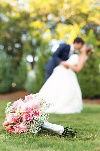 Wedding Photographer Captures The Detail Wedding Photos