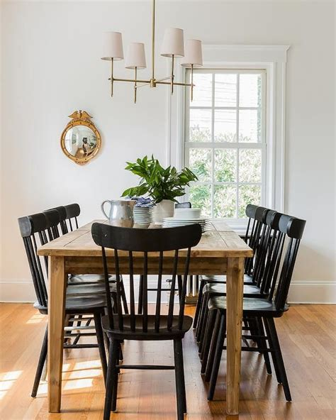 chic cottage dining room features  farmhouse dining table