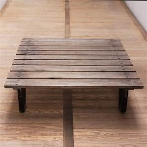 table basse palette industrielle bois et metal patine pictures With photo table basse palette
