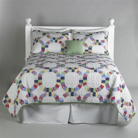 Bed Coverlets And Quilts by Essential Home Heirloom 5 Quilt Set Home Bed