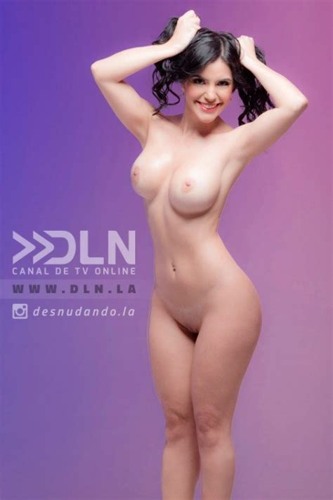 Naked Karen Aguilar In Desnudando La Noticia