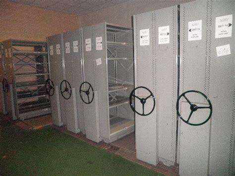 etageres archives bureau les ventes aux enchères de mobilier et matériel de bureau