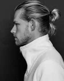 Hairstyles for Long Blonde Hair Men