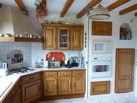 comment peindre meuble cuisine cuisine decapage de meuble de cuisine en chene conception