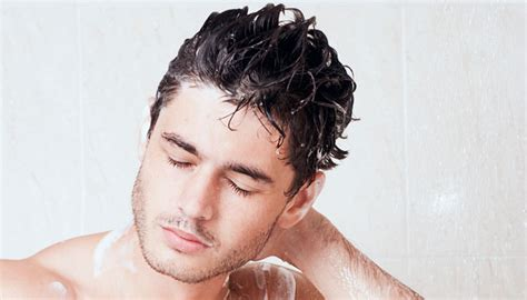 A Guy's Guide to Washing Your Hair