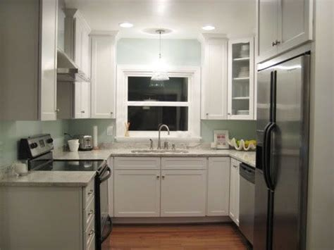 contemporary kitchen appliances best 25 small u shaped kitchens ideas on 2462