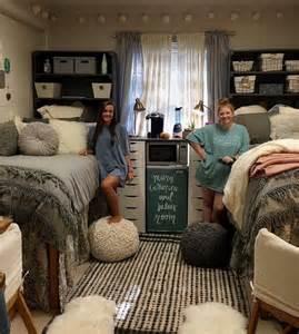Twin Bedroom Set Picture