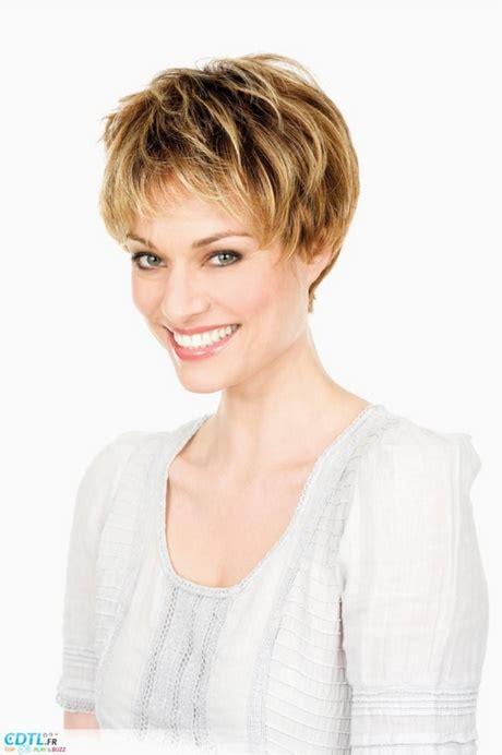 coupe cheveux frisés courts femme coupe femme cheveux courts 2018