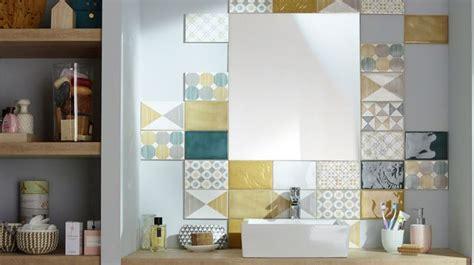 comment peindre une chambre pour l agrandir revêtement salle de bains carrelage parquet peinture