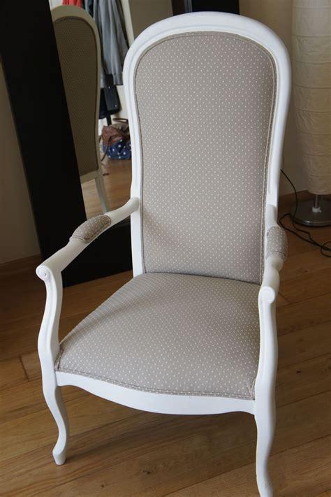 chaises fauteuils fauteuil voltaire gris pois blancs fauteuil voltaire