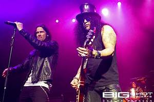 Slash with Myles Kennedy and the Conspirators at Hard Rock ...