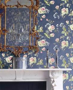 florale tapeten unsere modelle sorgen fur urlaubsstimmung With balkon teppich mit florale tapete