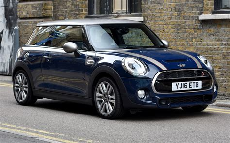 mini cooper    door uk wallpapers  hd