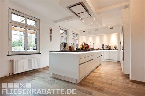 Beste Bodenfliesen Kuche by Traum K 252 Chen Projekt By Fliesenrabatte Dortmund Welche