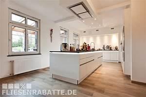 Küchen In Holzoptik : traum k chen projekt by fliesenrabatte dortmund welche fliesen passen am besten zur neuen ~ Markanthonyermac.com Haus und Dekorationen