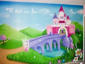 Deco Chambre Fille Princesse : chambre princesse lyna hard deco ~ Teatrodelosmanantiales.com Idées de Décoration