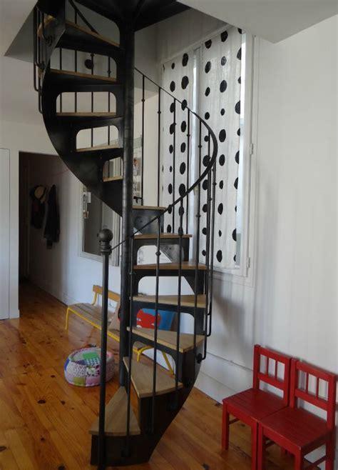 les 25 meilleures id 233 es de la cat 233 gorie escalier en colima 231 on sur grande cage d