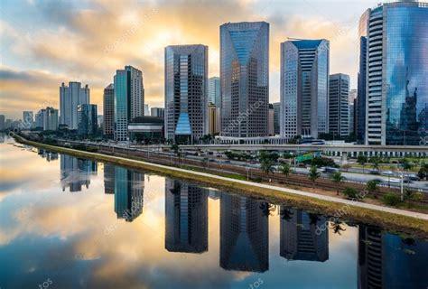 Skyline de São Paulo fotos, imagens de © thiagogleite ...