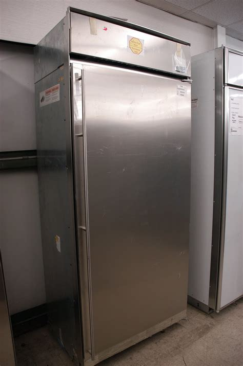 appliance direct video blog ge monogram  built   refrigerator appliance stores orlando