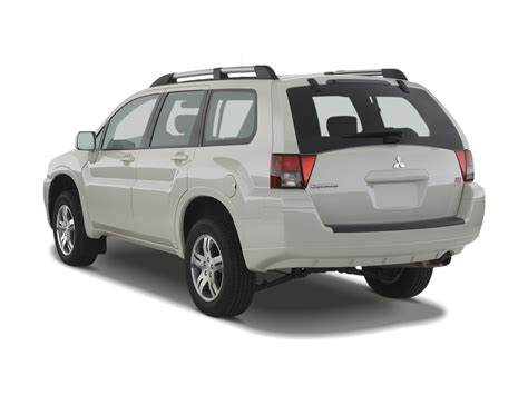 07 Mitsubishi Endeavor by 2008 Mitsubishi Endeavor Reviews And Rating Motor Trend