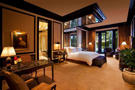 Luxury Romantic And Sexy Bedroom Design  Home And Lock