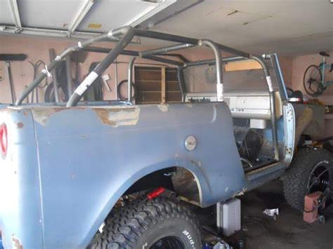 ih international scout  pro family cage