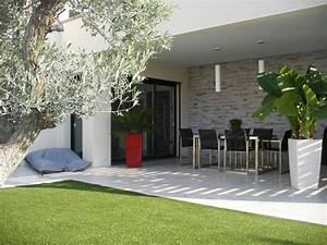 Maison Plain Pied Moderne Avec Patio. patios maison avec patio par ...