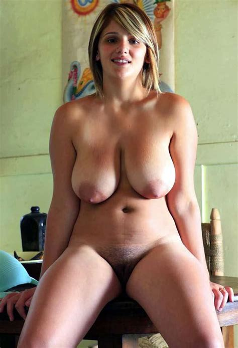 Naked Young Voluptuous Blonde Woman From