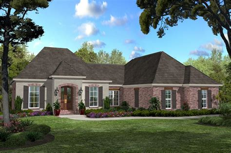 acadian southern home   bedrooms  sq ft house plan   tpc
