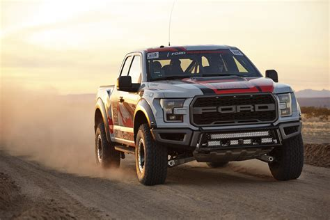 Ford Upgrades 2016 F-150 Raptor