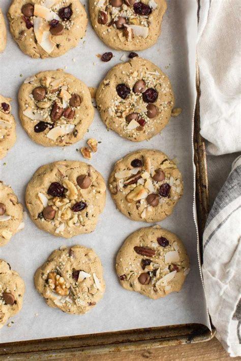 kitchen sink cookie gluten free kitchen sink cookies with chocolate chips 2639