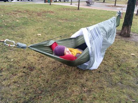 Hammock Mosquito Net Diy by Complete Cing Hammock With Screen And Rainfly