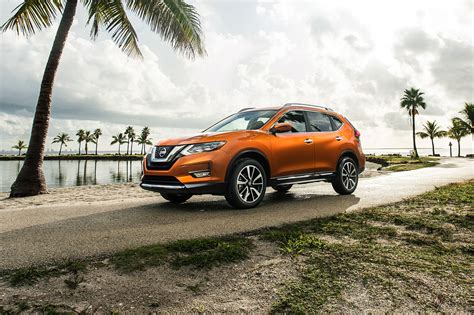 rogue nissan hybrid awd sl complaints bumper cars dogue rear motortrend worst safety tricked revolting refreshing front quarter specs automobilemag