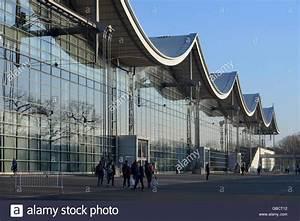 Messegelände Hannover Adresse : halle 9 messegelaende messe hannover niedersachsen deutschland stock photo royalty free ~ Markanthonyermac.com Haus und Dekorationen