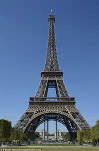 Beautiful Eiffel Tower Picture