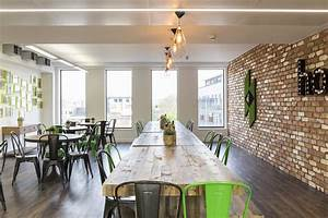 A tour of houzzs new european headquarters houzz break for Aplikacja houzz interior design ideas