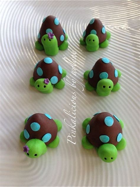 Turtle Cake Decorations - edible turtle cupcake or cake toppers by sweetpinkbyarlene